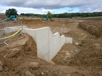 wk27 Floral Way - Flow control structure