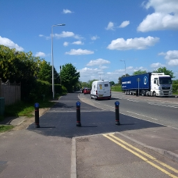 A4 cycle route improvements at Benham Hill