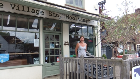 Woolhampton Village Shop Displays a larger version of this image in a new browser window