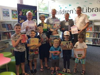 Reading Challenge 2019 Group photo at Newbury Library