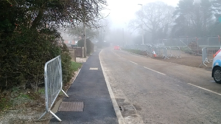 wk46-47 Dunstan Green - HHR South, lowering the footway & Carriageway